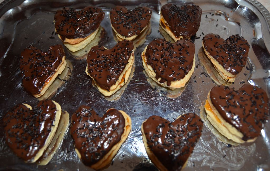 Csokis lekváros linzer szívek2